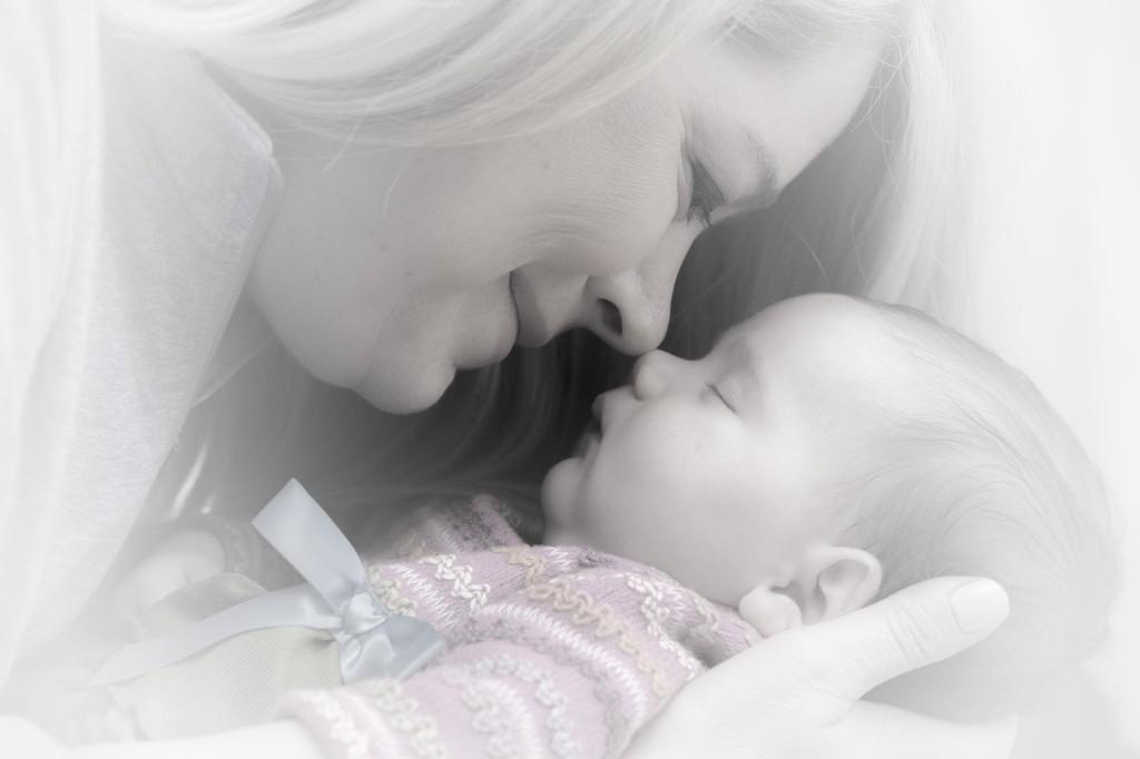 """ALT: """"mama i beba"""""""