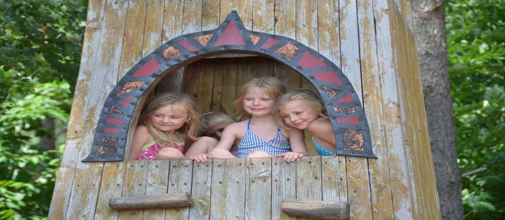 Mame u poverenju: Vršnjački odnosi među decom