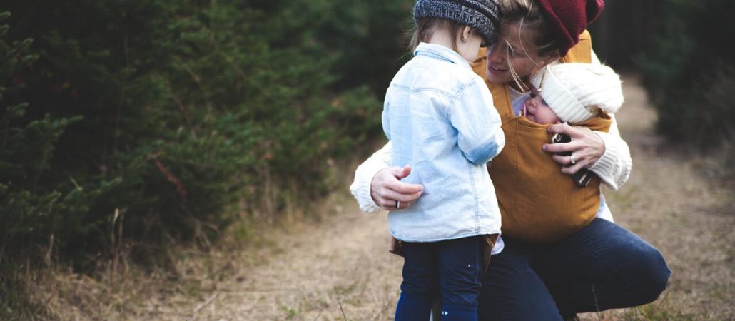 Porodilje su oštećene: Promeniti zakon i sistem