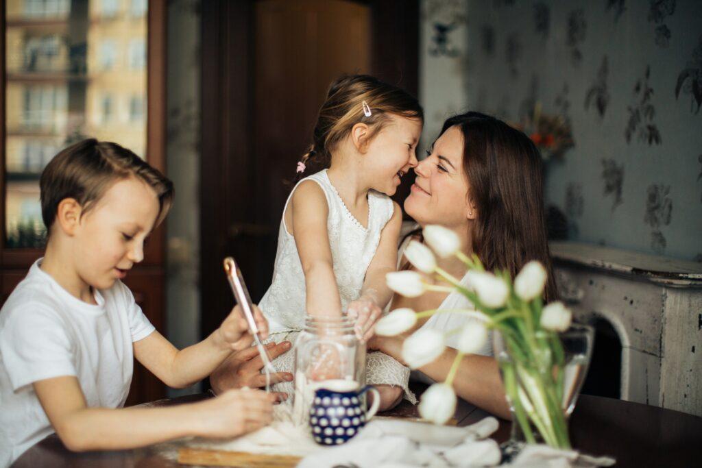 Kako vanredna situacija utiče na roditelje?