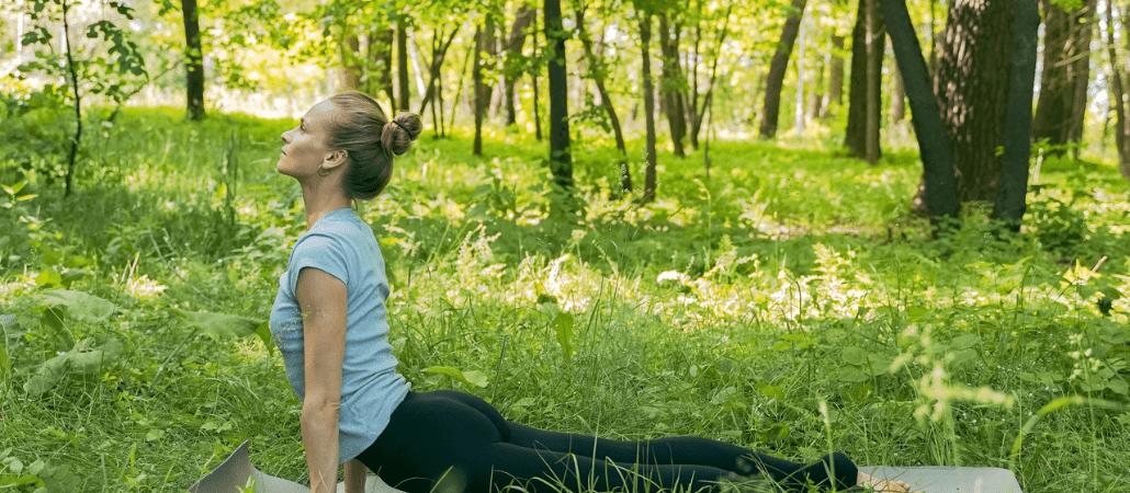 Hajde da vežbamo zajedno: Joga za mame