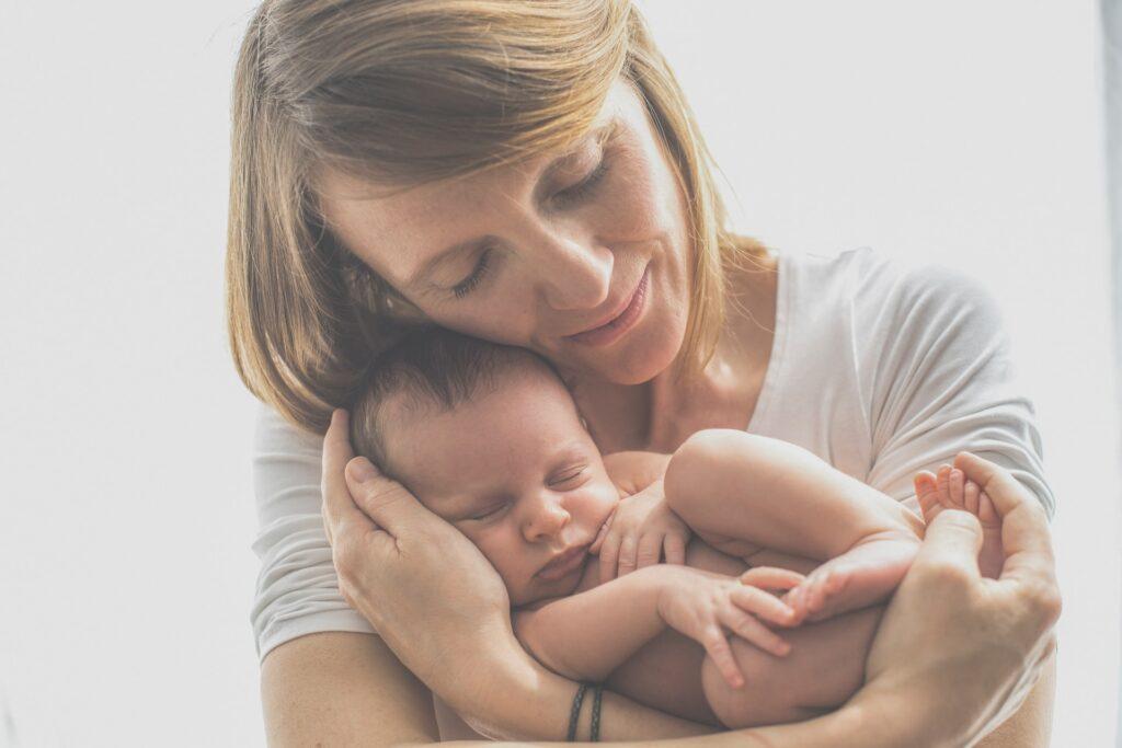 Podrži pokretanje SOS linije za psihološku podršku mamama